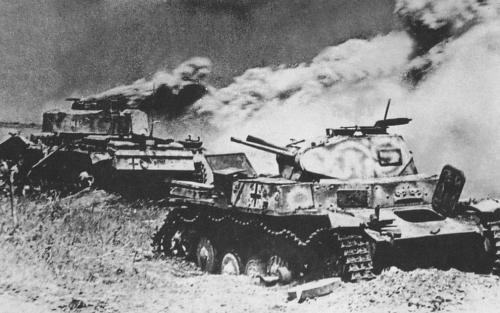 battle_kursk_destroyed panzers