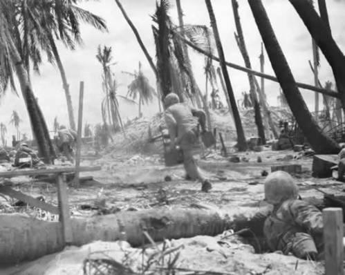 marines advancing