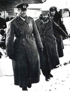 von Paulus surrenders to the Soviets