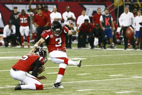 2013-01-13T213248Z_472405247_TB3E91D1NUH5A_RTRMADP_3_NFL-PLAYOFFS-FALCONS