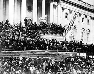 300px-Abraham_Lincoln_giving_his_second_Inaugural_Address_(4_March_1865)