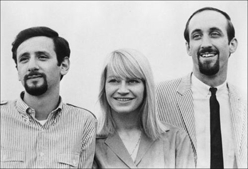 Mary-Travers-of-1960s-folk-anthem-trio-Peter-Paul-and-Mary-dies-at-72
