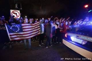ap-boston-arrest-celebration_20130419231215_320_240