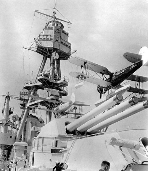 518px-O3U-3s_on_USS_Pennsylvania_(BB-38)_in_1935