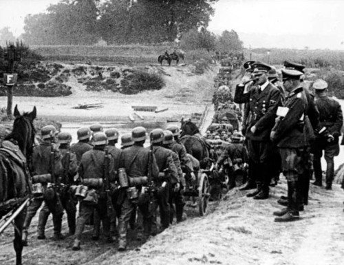 Polen, Parade vor Adolf Hitler