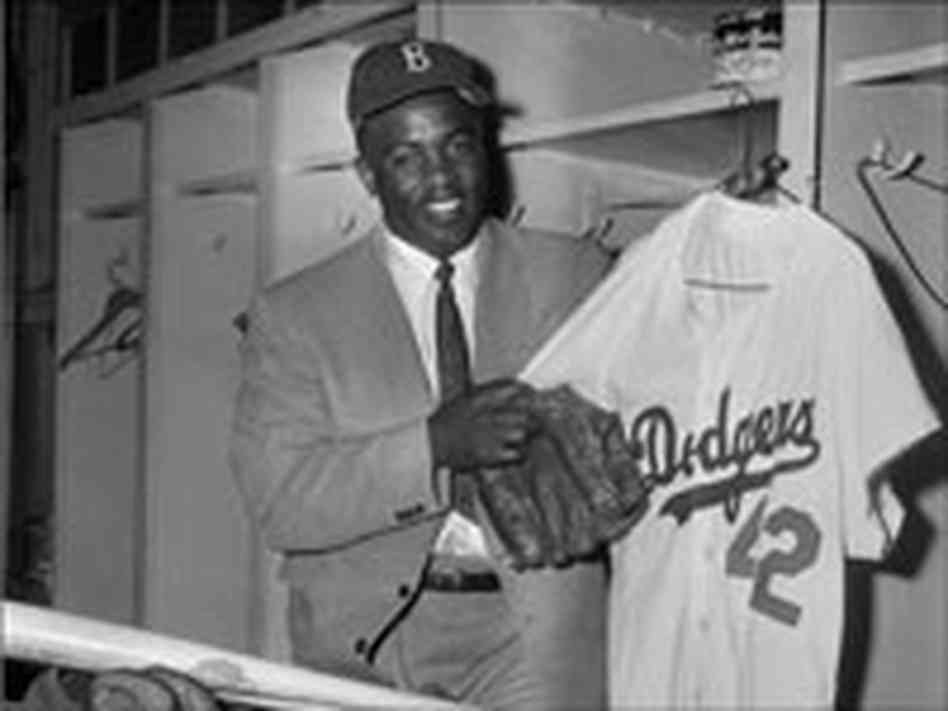 an analysis of how the civil rights movement effects jackie robinson After his career in baseball, jackie continued supporting the civil rights movement and used his baseball fame to help influence changes in our society.
