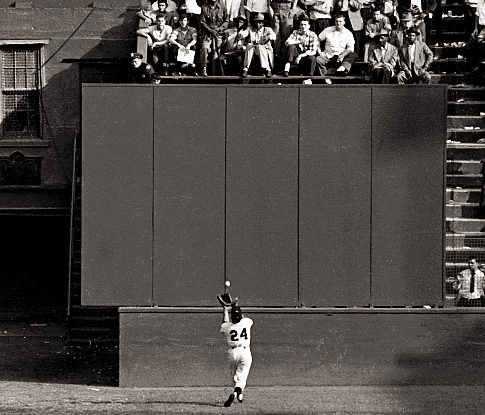 willie mays famous catch