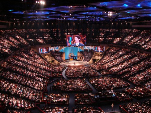 Lakewood-Church-1024x768-2