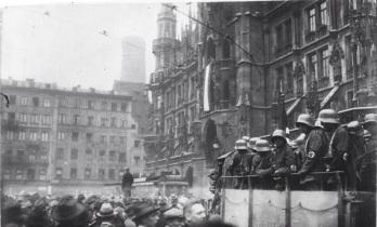 Hitler-Putsch, M¸nchen, Marienplatz