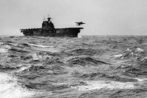 538x362xNorth-American-Aviation-B-25B-Mitchell-launches-from-USS-Hornet-CV-8-18-April-1942-21.jpg.pagespeed.ic.fjuaPl49hb