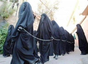 daesh-girls-slaves-isis-4