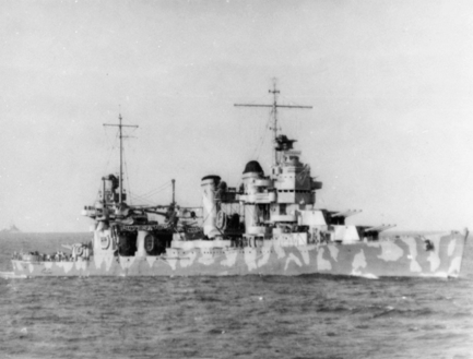 USS_Vincennes_(CA-44)_in_the_Solomons_1942