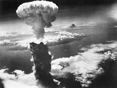 7A_Nagasaki_Bomb_Cloud