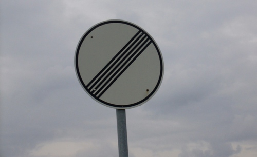 no-limit-sign-autobahn
